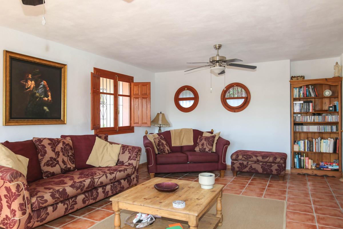 House in Alhaurín el Grande R3733957 7