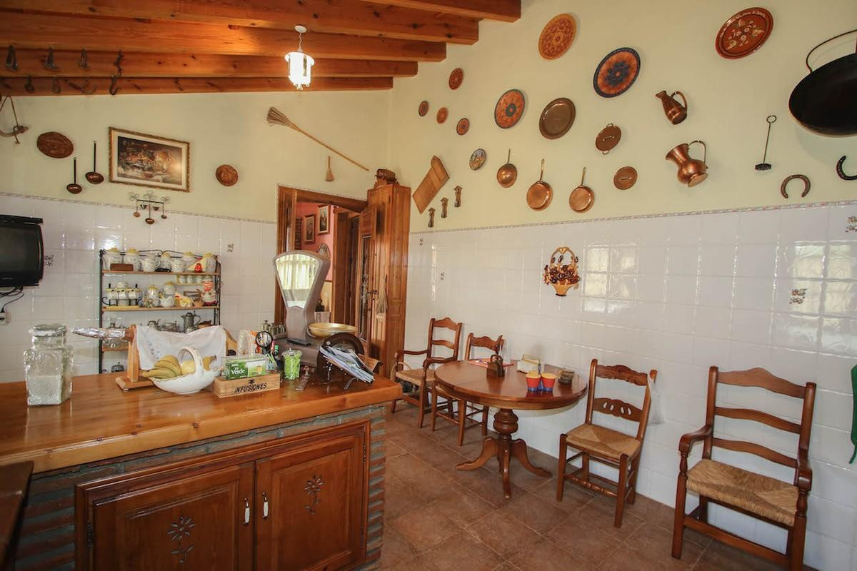 House in Alhaurín de la Torre R2650481 15