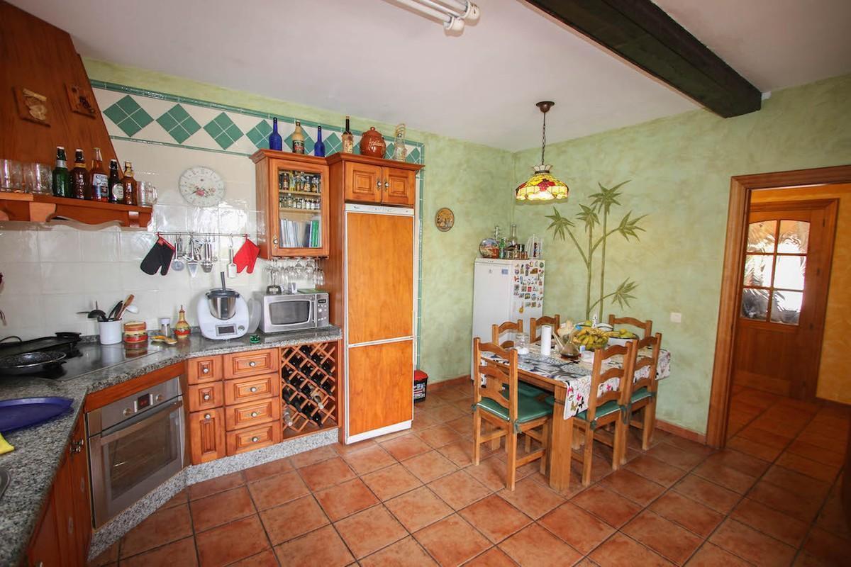 House in Alhaurín de la Torre R2650481 34