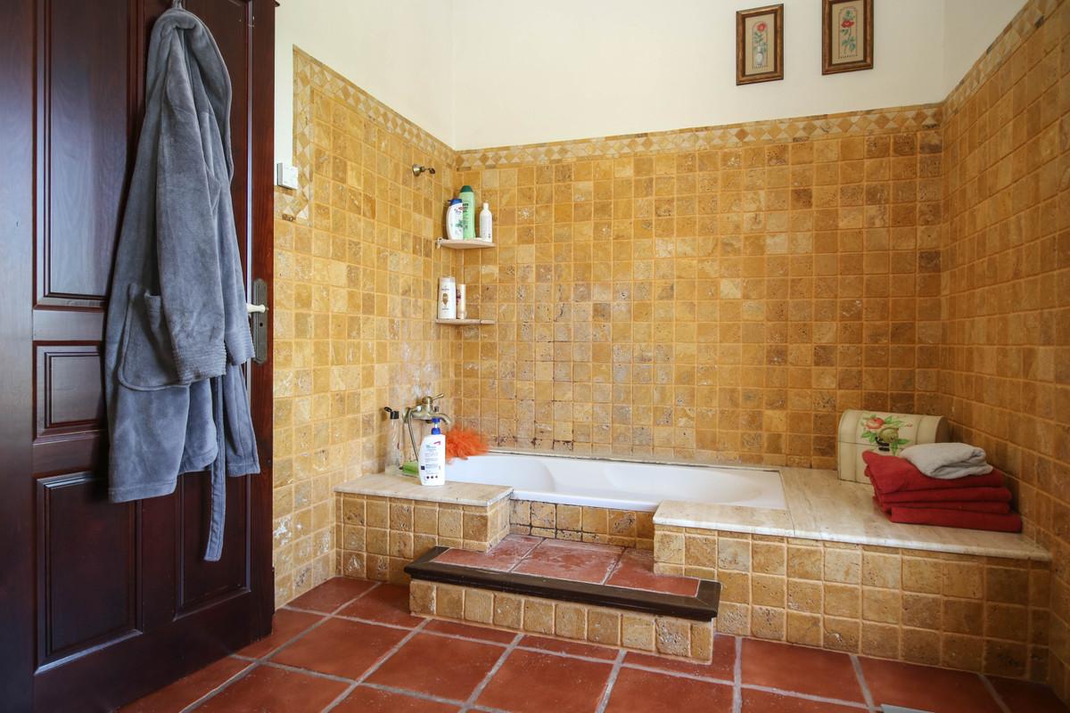 House in Alhaurín el Grande R3870499 21