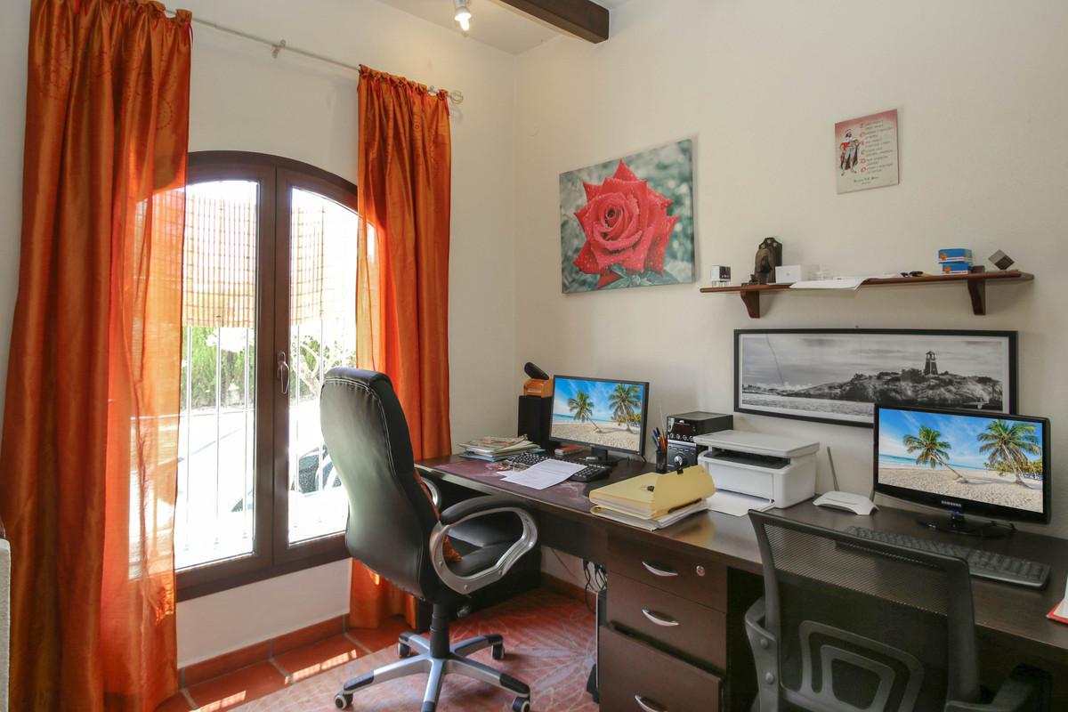 House in Alhaurín el Grande R3870499 30