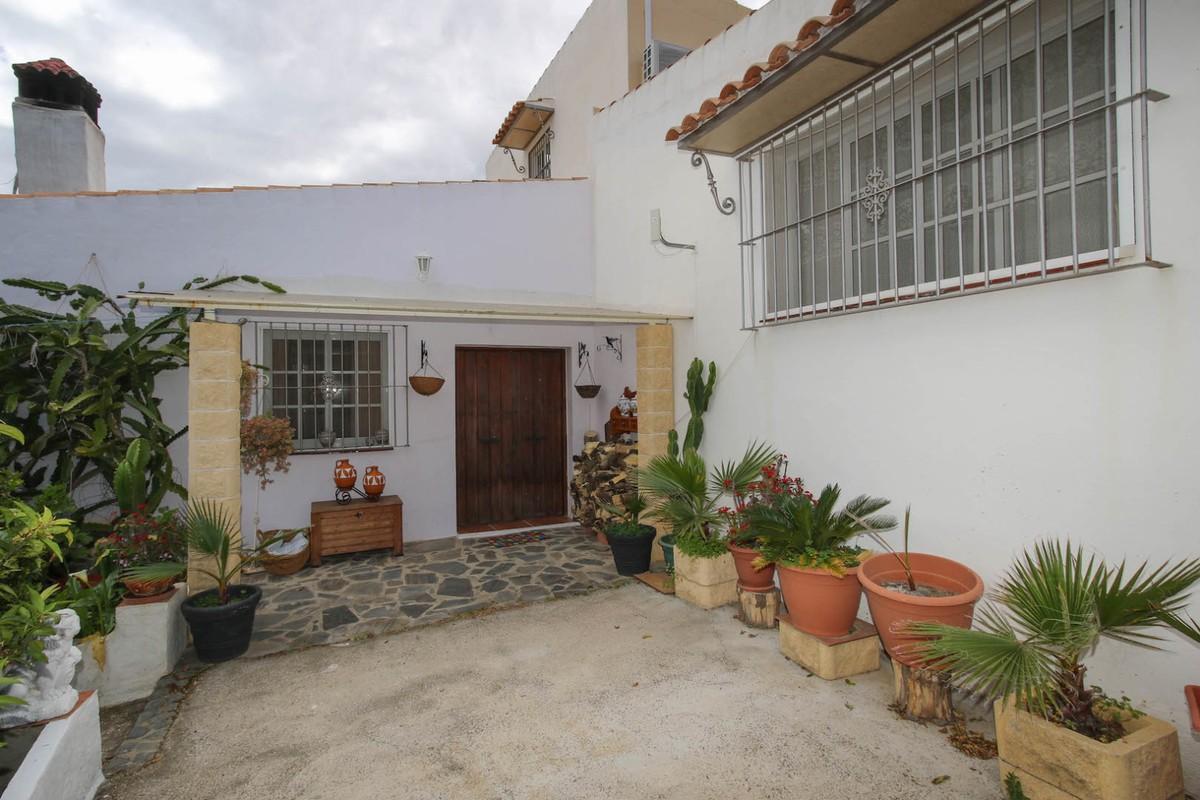 Detached Villa for sale in Cártama