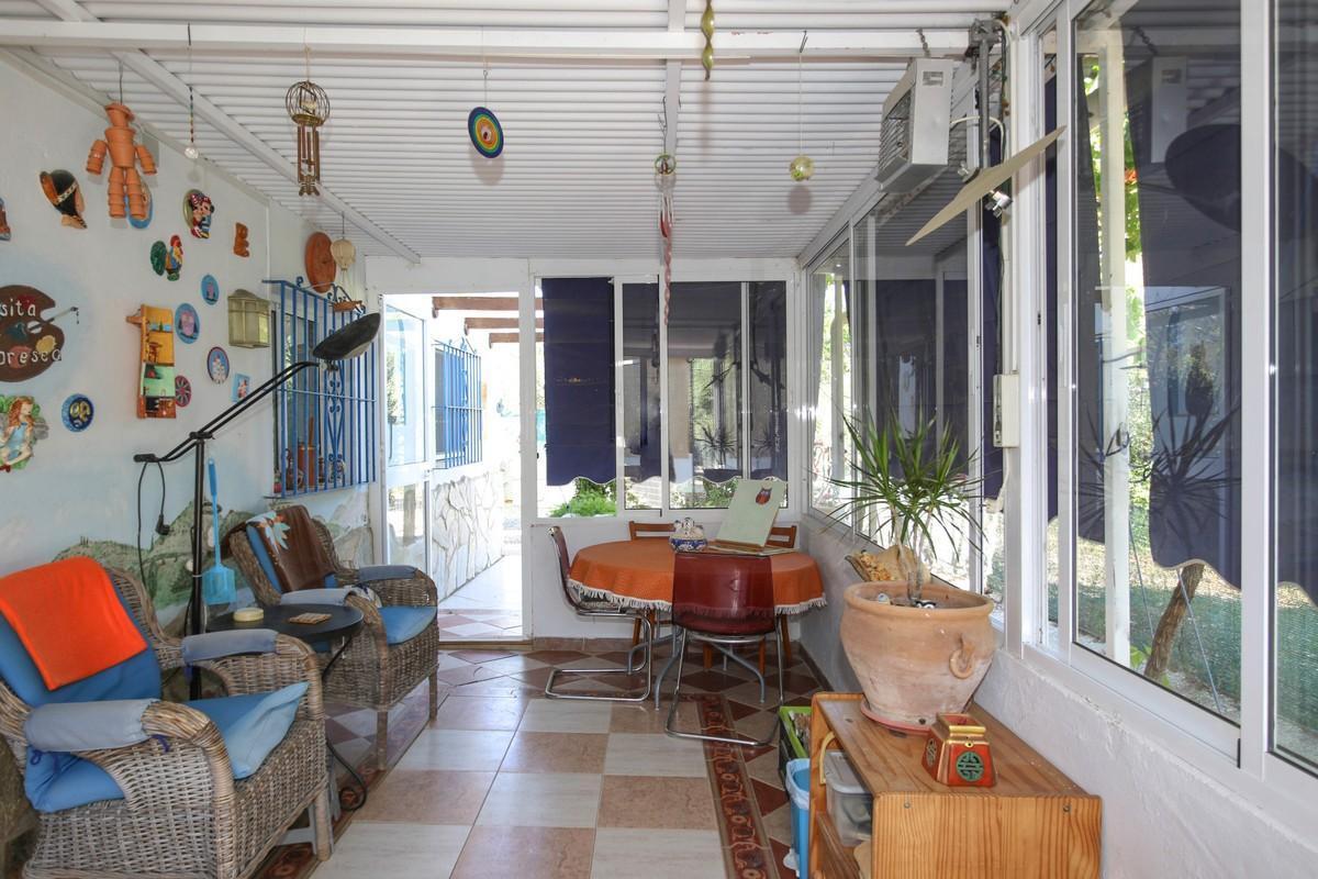 Villa  Individuelle en vente   à Pizarra