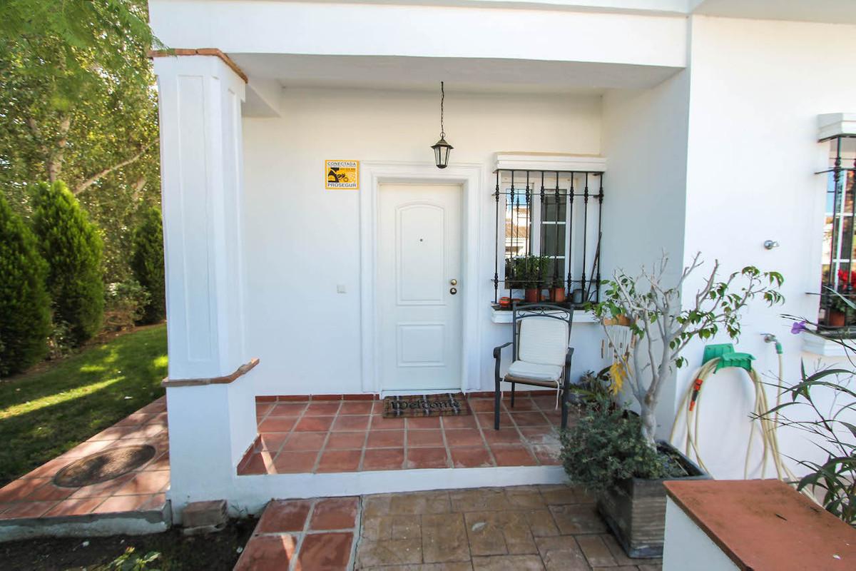 House in Alhaurín de la Torre R2533163 6