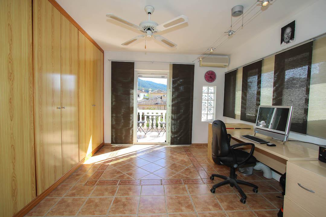 House in Alhaurín el Grande R2662124 25