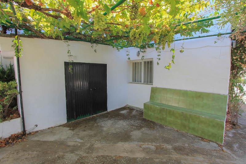 Villa con 7 Dormitorios en Venta Coín