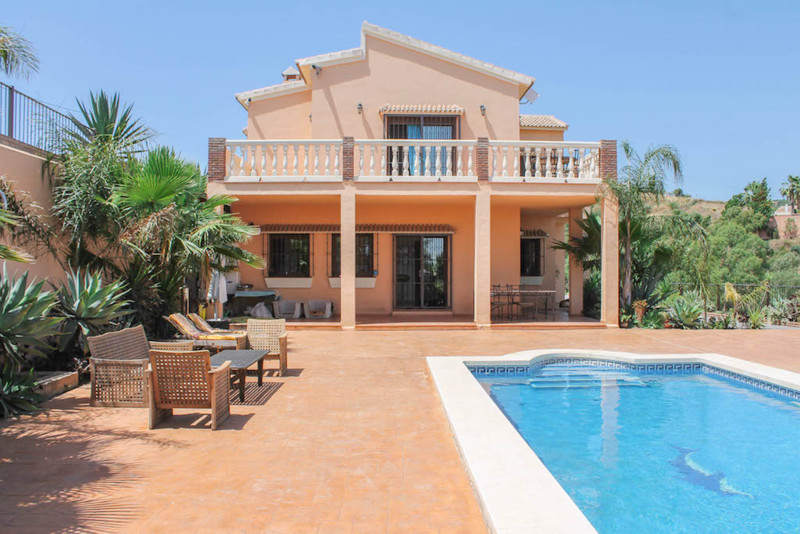 House en Alhaurín el Grande R2530067 1