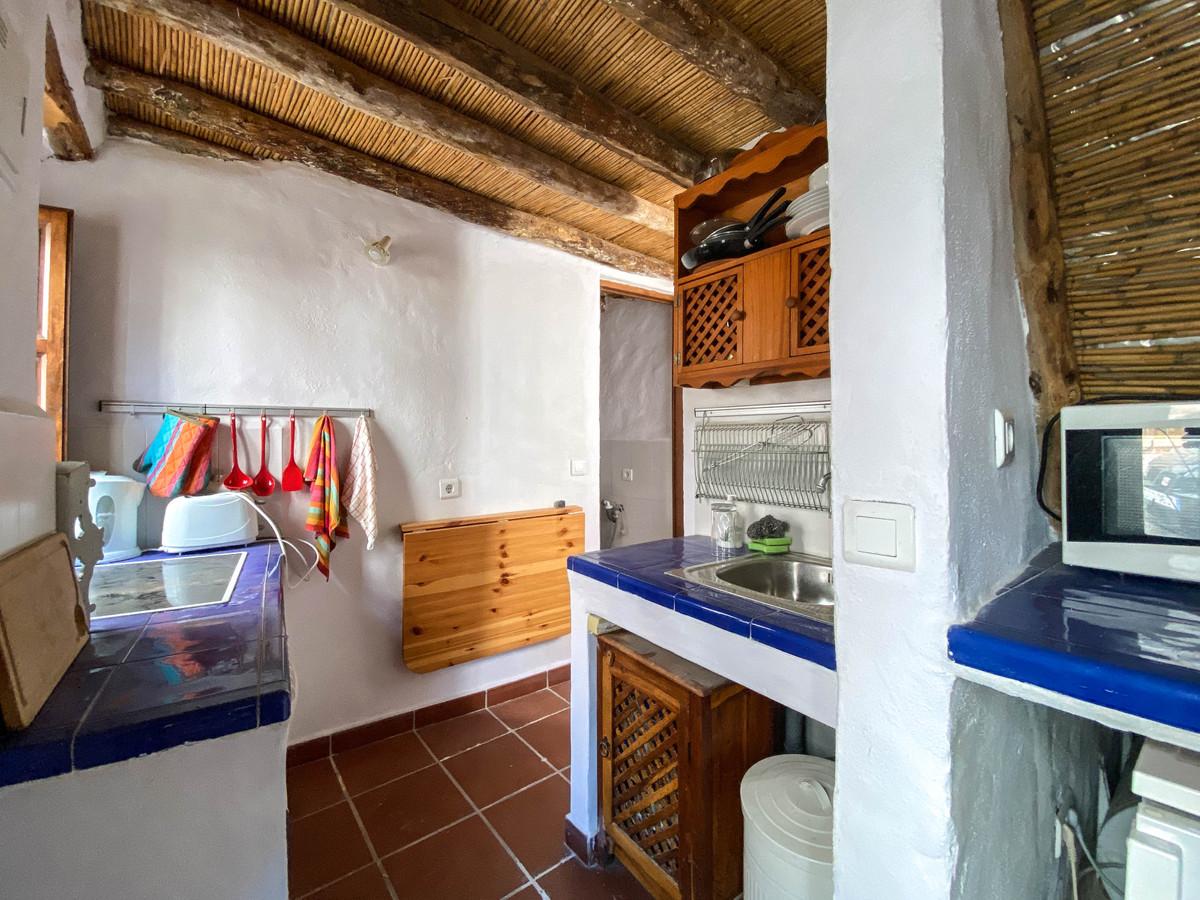 Villa con 2 Dormitorios en Venta Guaro