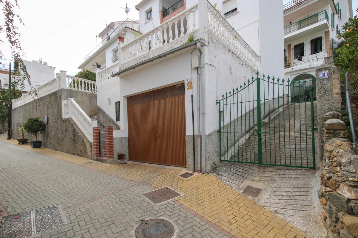 Apartamento, Planta Baja  en venta    en Tolox