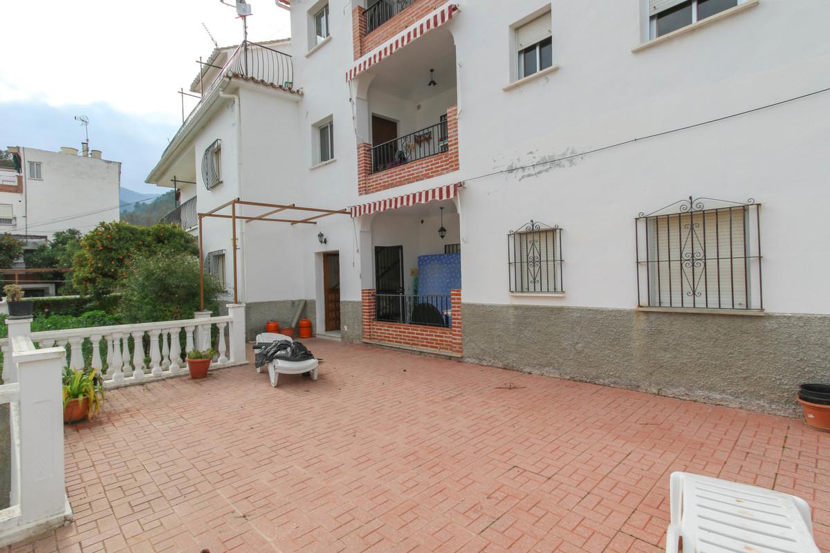 3 Dormitorio Planta Baja Apartamento En Venta Tolox