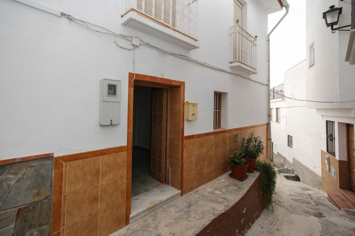3 bedroom townhouse for sale guaro