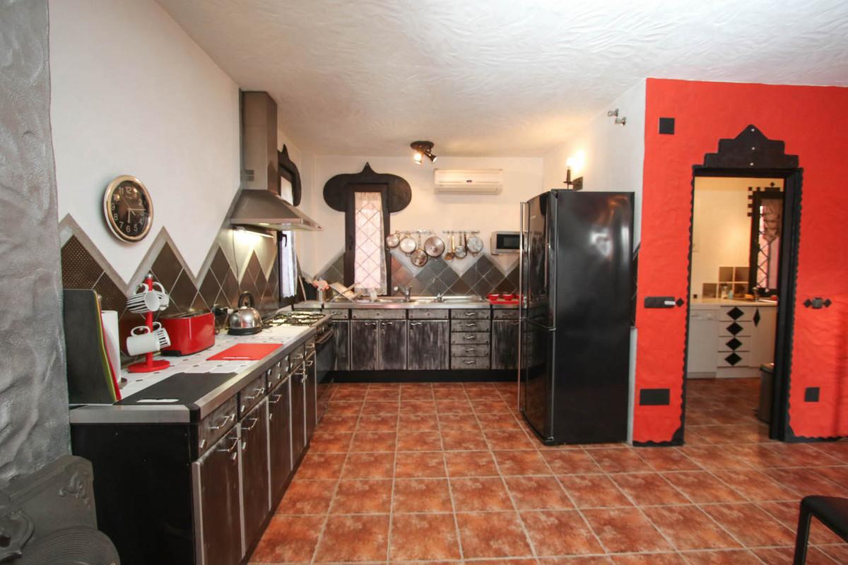 House in Alhaurín de la Torre R2752532 10