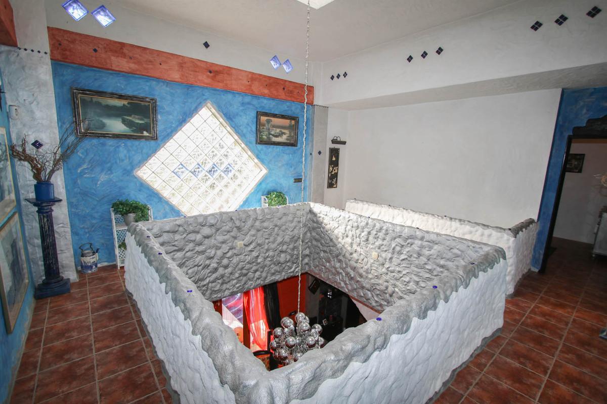 House in Alhaurín de la Torre R2752532 12