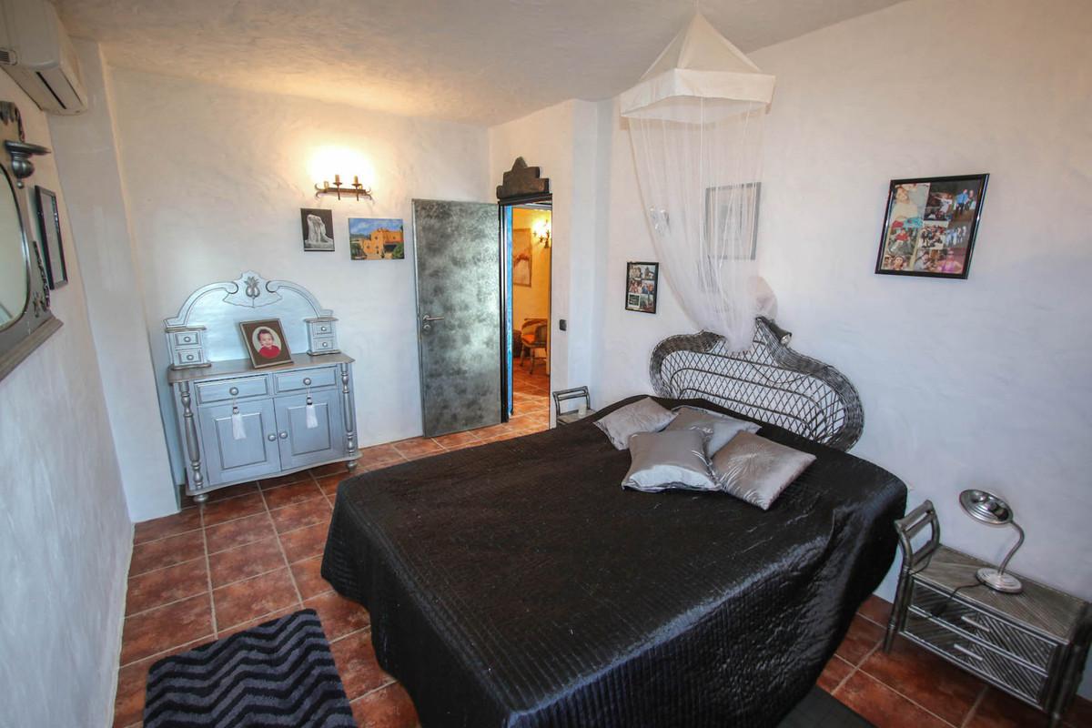 House in Alhaurín de la Torre R2752532 14
