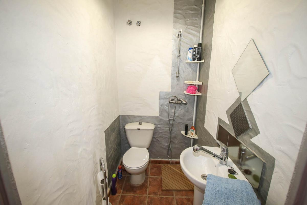 House in Alhaurín de la Torre R2752532 37