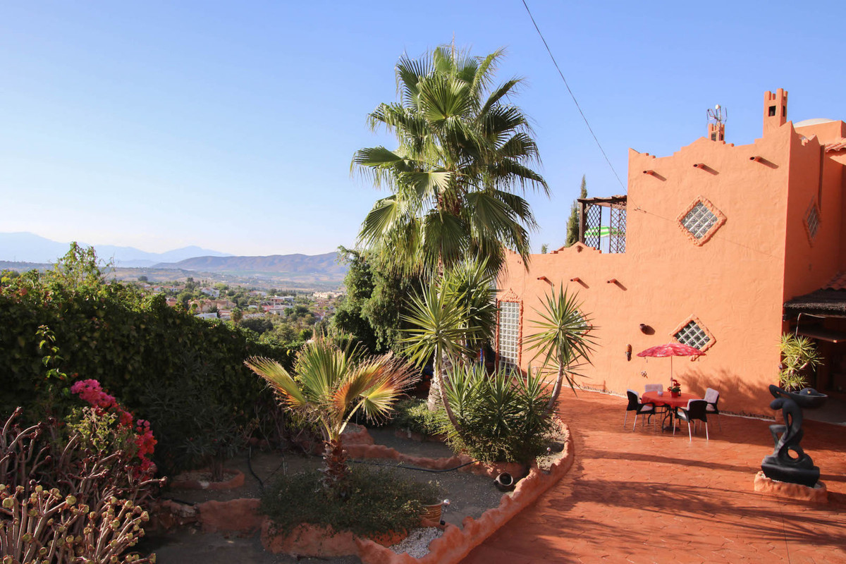 House in Alhaurín de la Torre R2752532 38