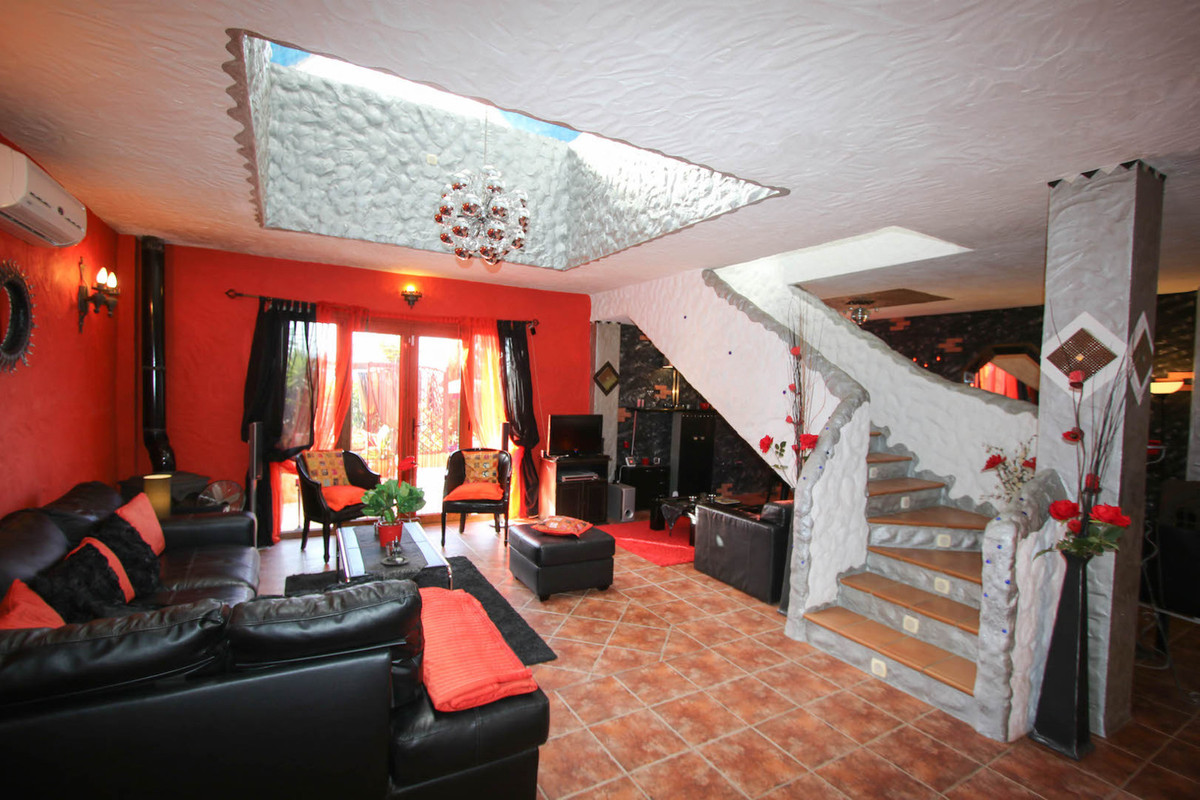 House in Alhaurín de la Torre R2752532 8