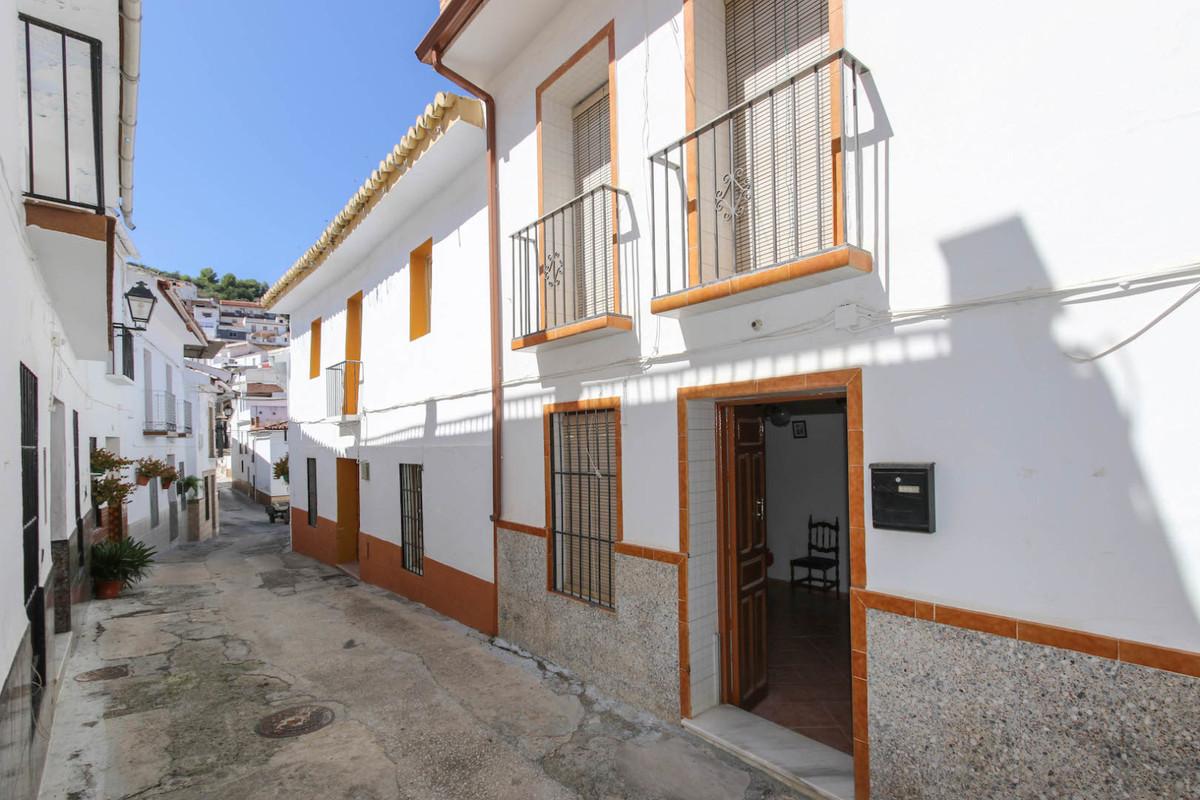 Unifamiliar Adosada 3 Dormitorio(s) en Venta Guaro