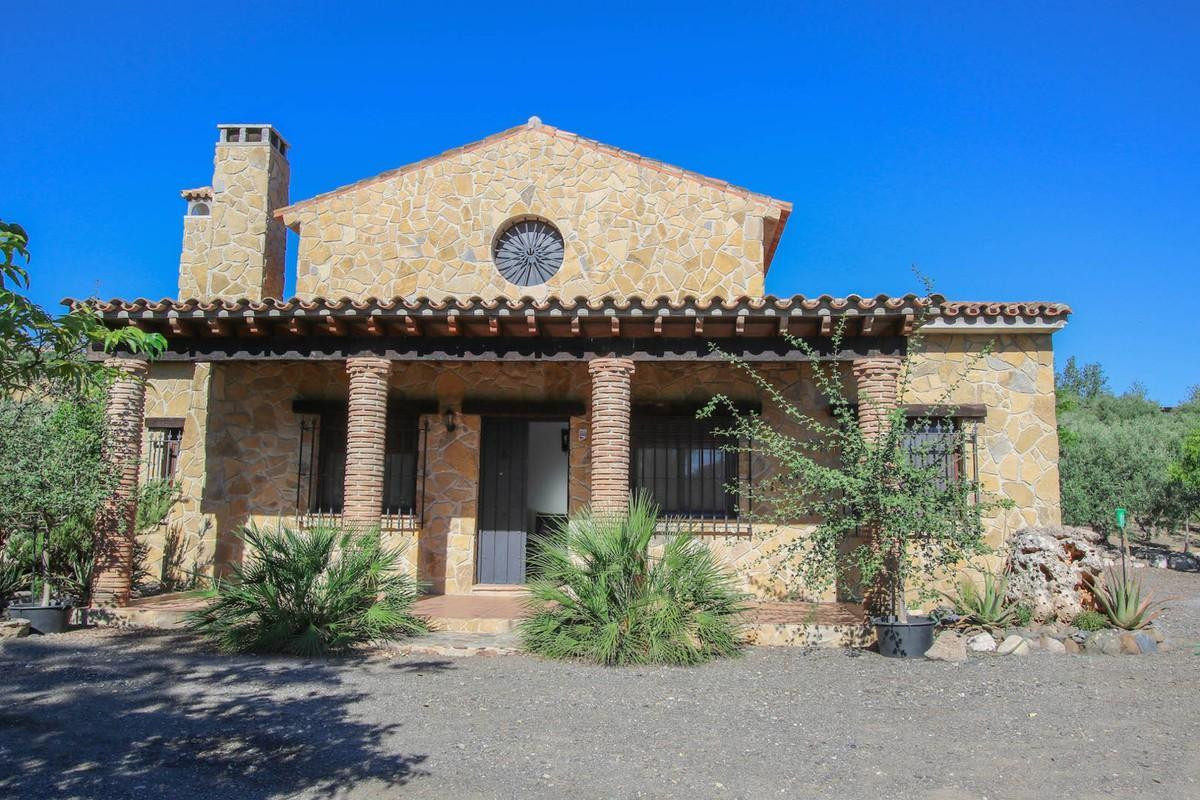 Villa  Detached for sale   in Pizarra