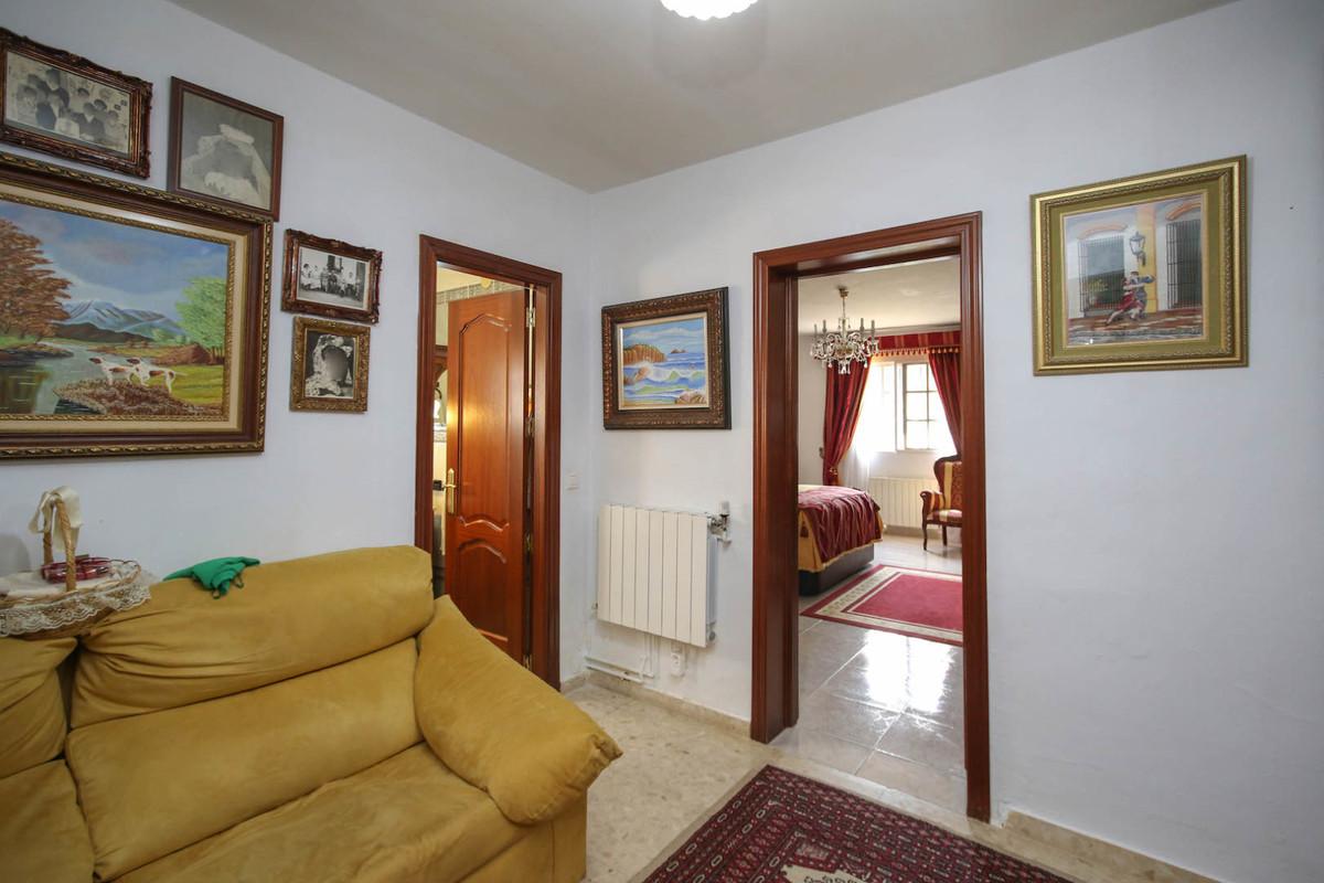 House in Alhaurín de la Torre R3387916 23