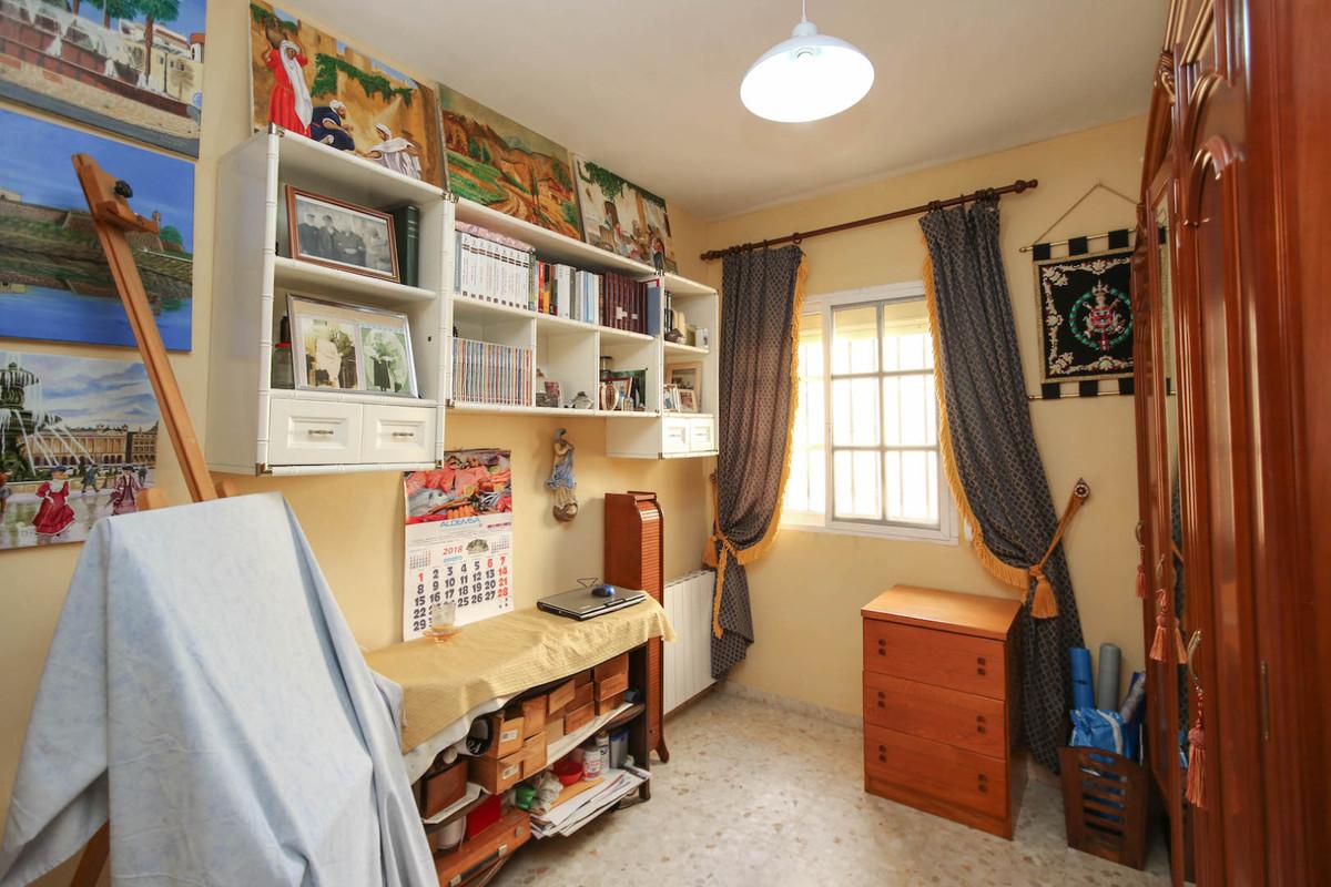 House in Alhaurín de la Torre R3387916 31