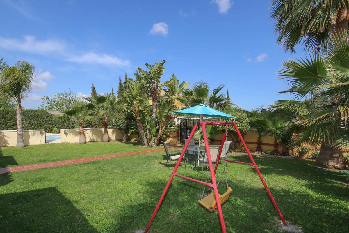 House in Alhaurín de la Torre R3387916 38