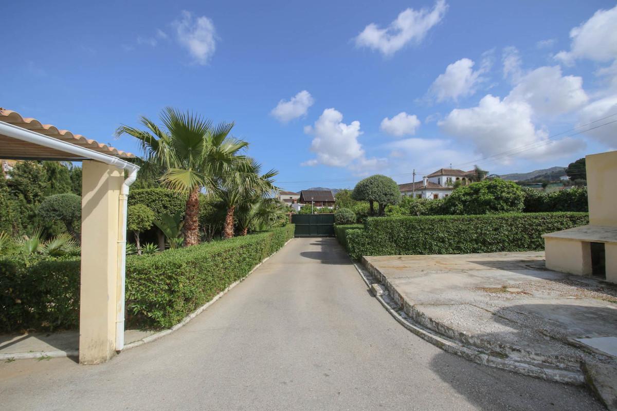 House in Alhaurín de la Torre R3387916 48
