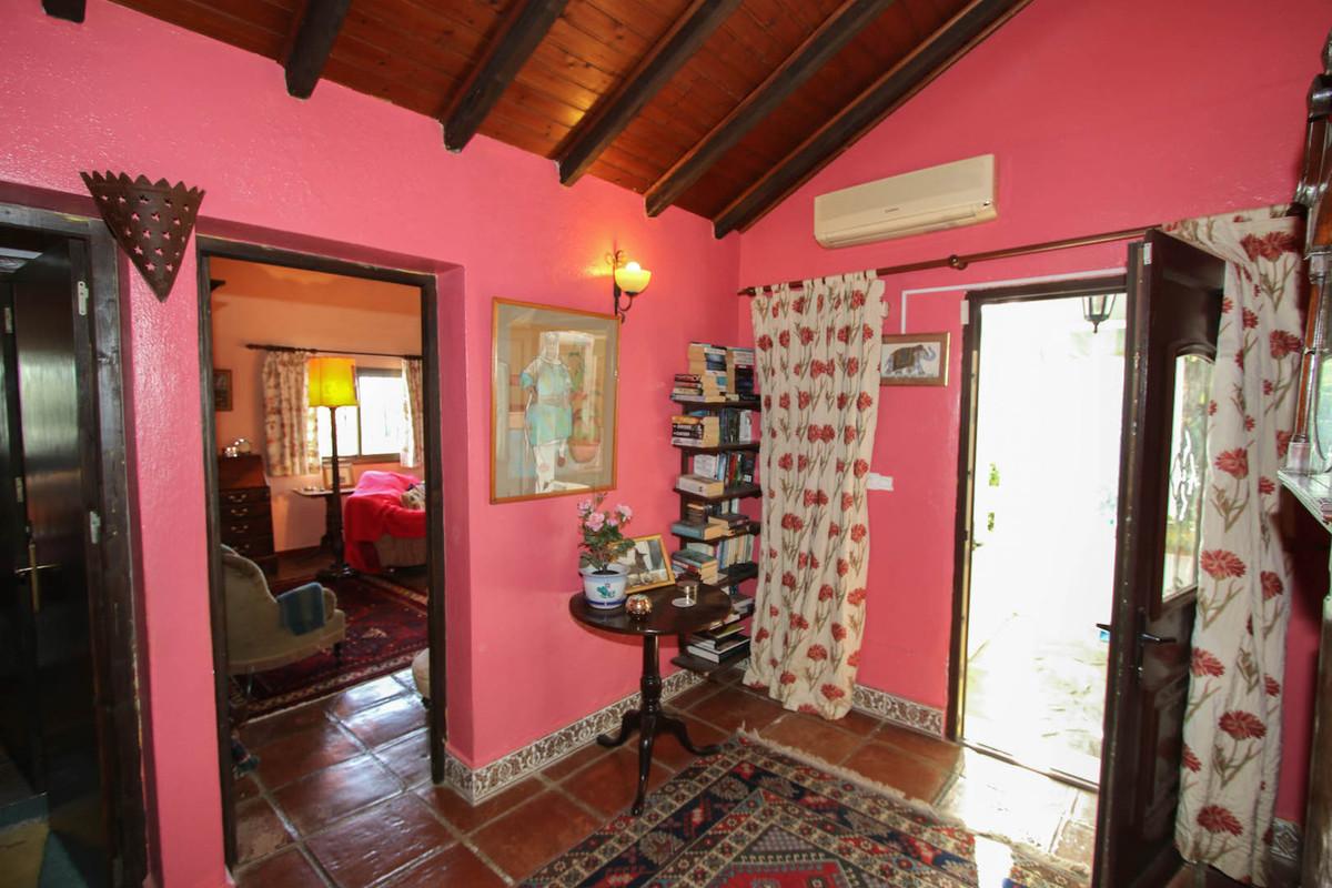 House en Alhaurín el Grande R2360945 13