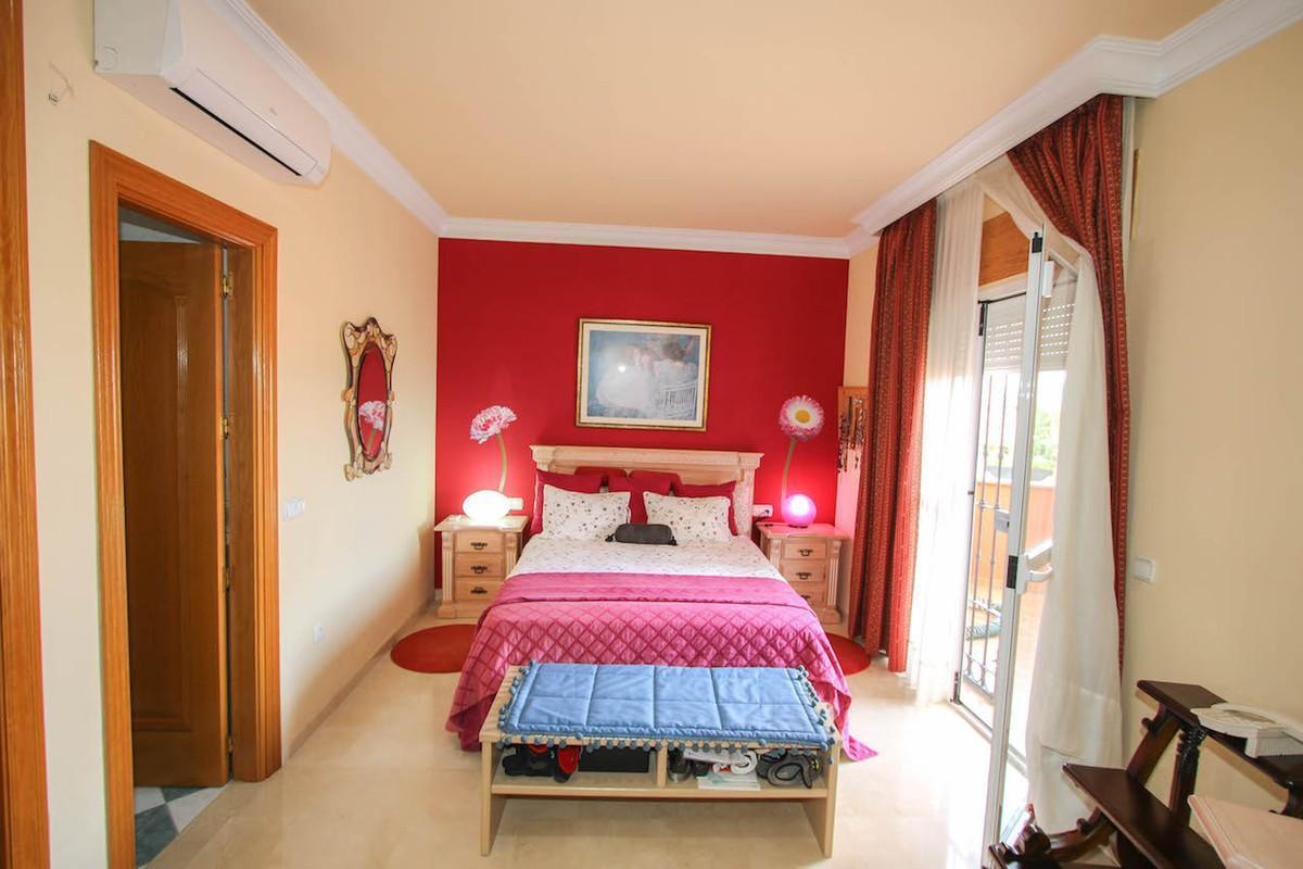 House in Alhaurín de la Torre R2611811 35