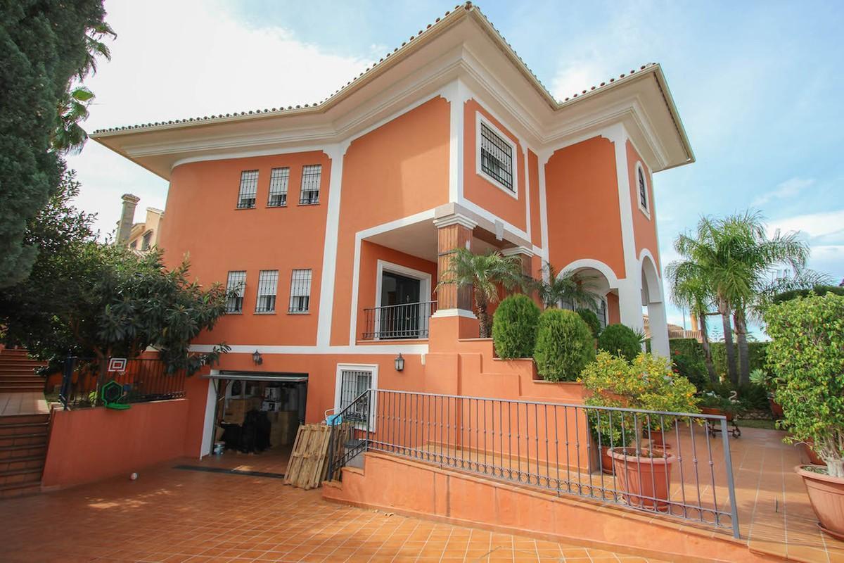 House in Alhaurín de la Torre R2611811 47