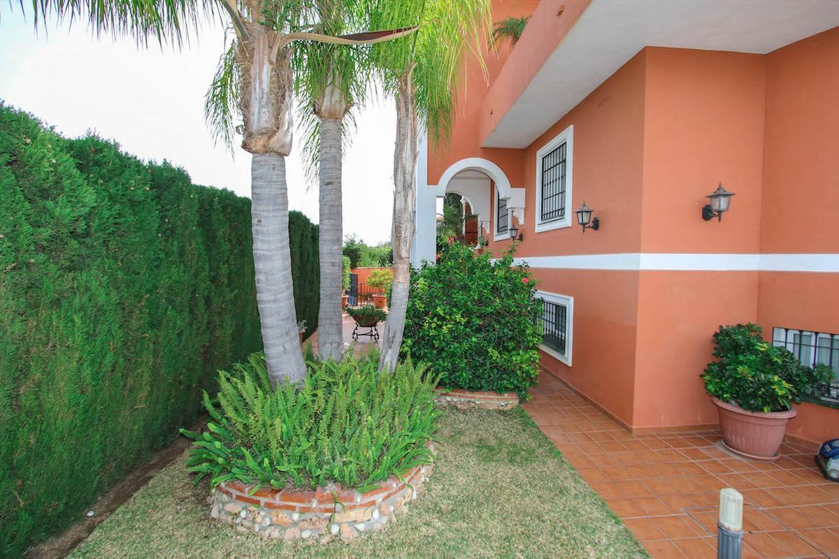 House in Alhaurín de la Torre R2611811 48
