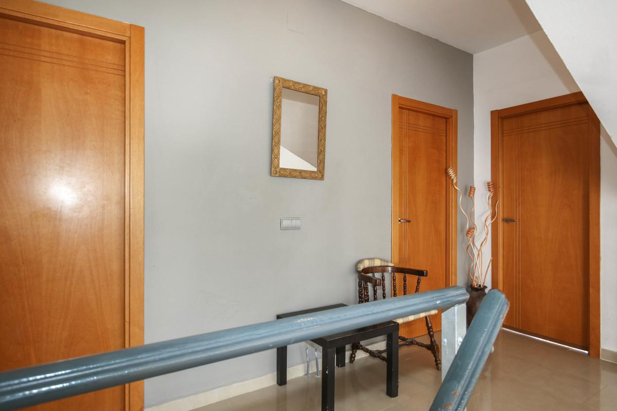 House in Alhaurín de la Torre R3061093 3