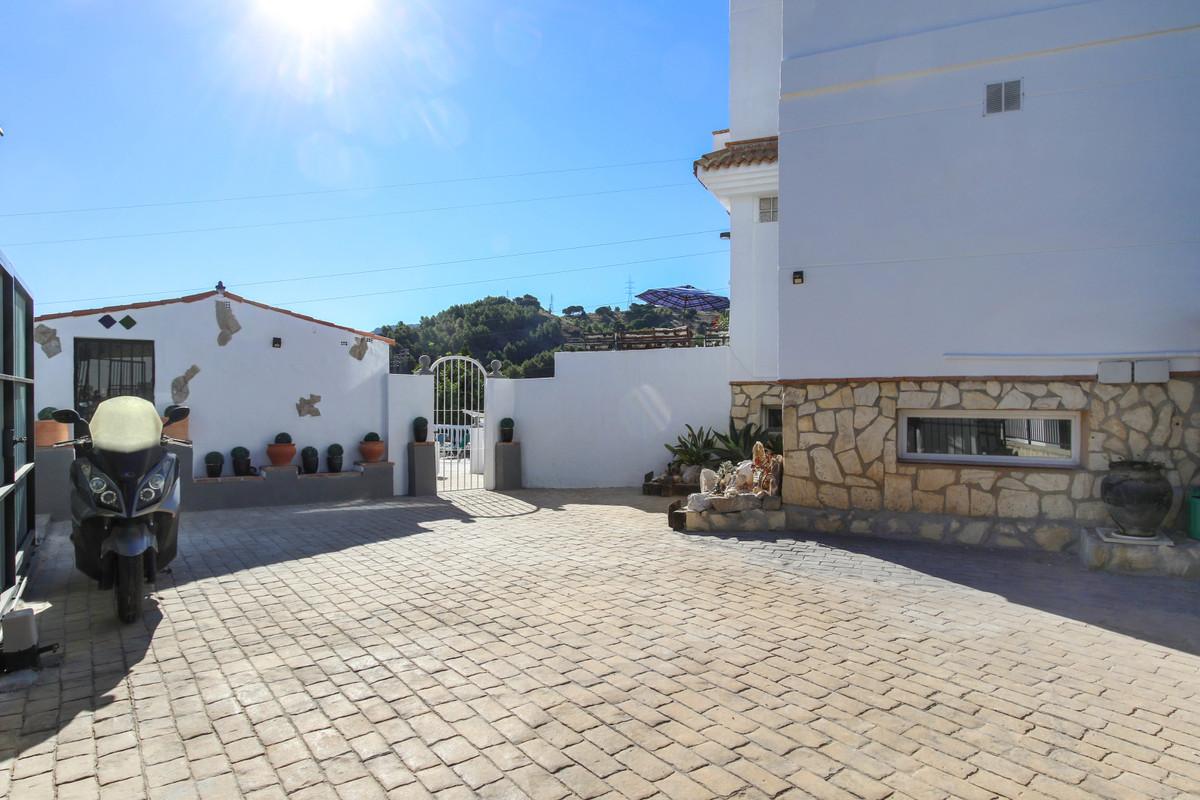House in Alhaurín de la Torre R3061093 38