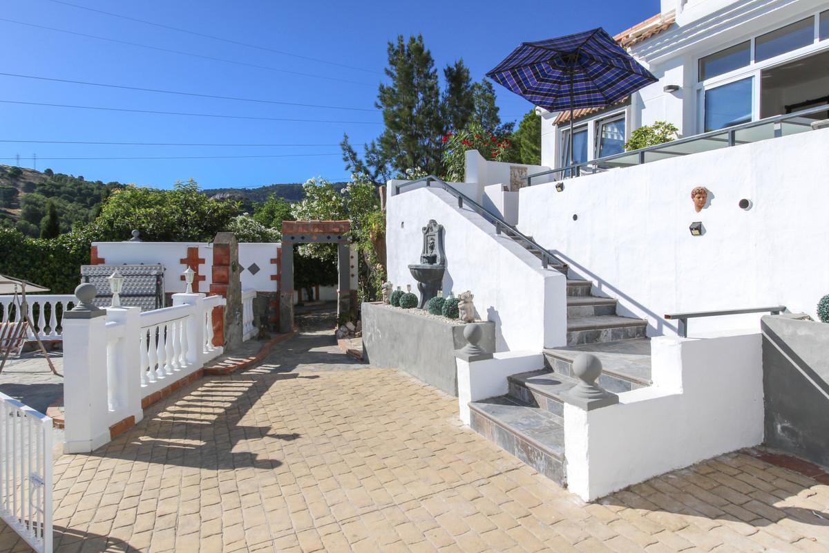 House in Alhaurín de la Torre R3061093 40