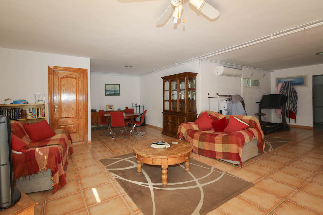 House in Alhaurín de la Torre R3207190 29