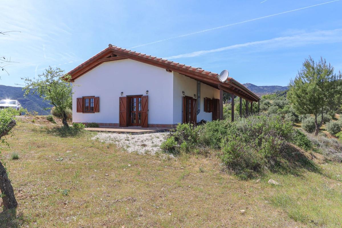 Villa 3 Dormitorios en Venta Tolox