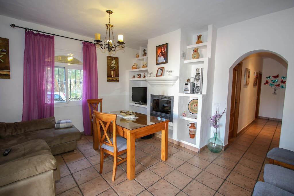 7 Bedroom Detached Villa For Sale Guaro
