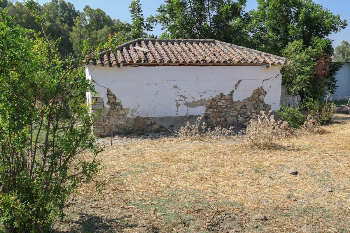 R2971457: Plot for sale in Coín