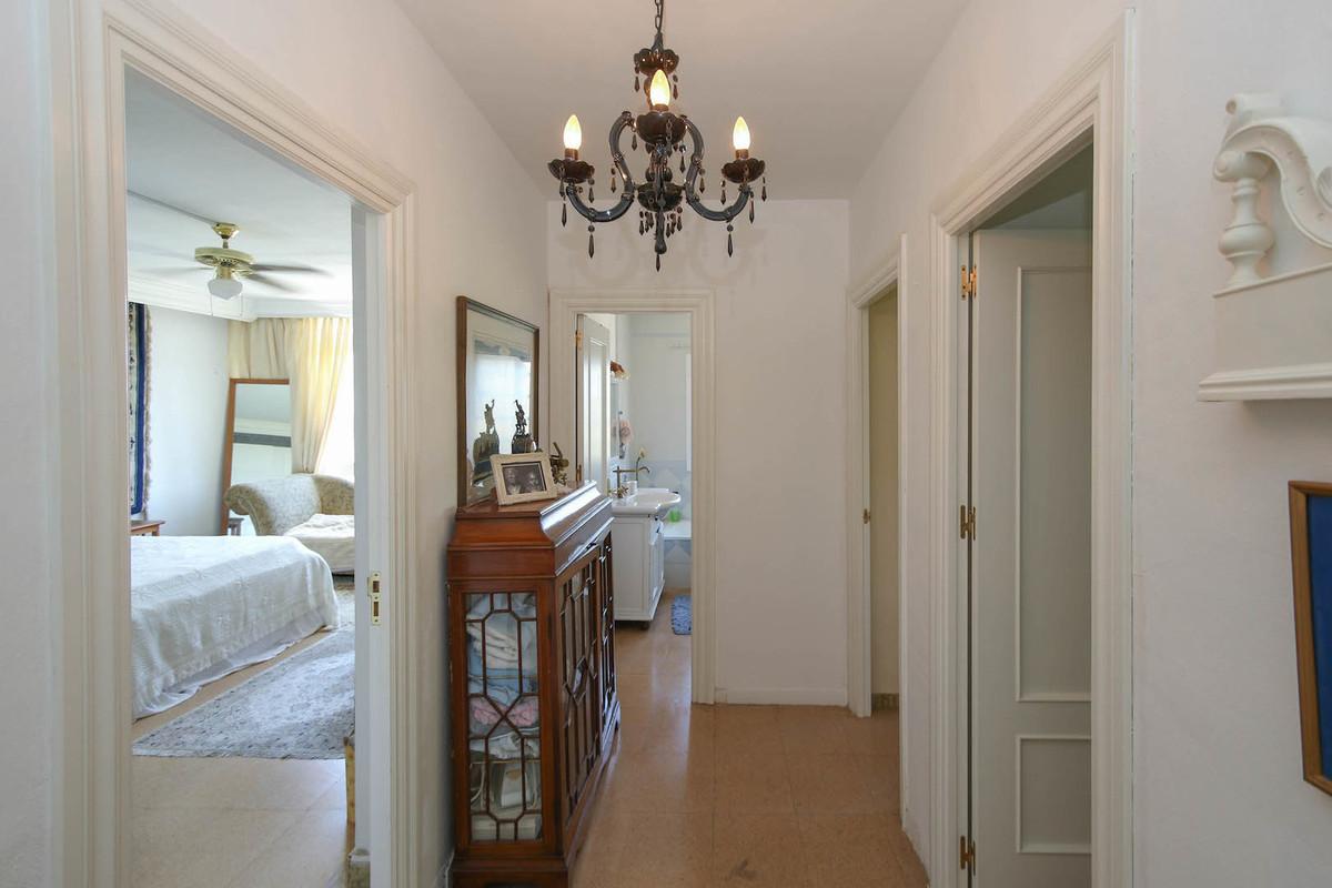 4 Bedroom Villa for sale Coín