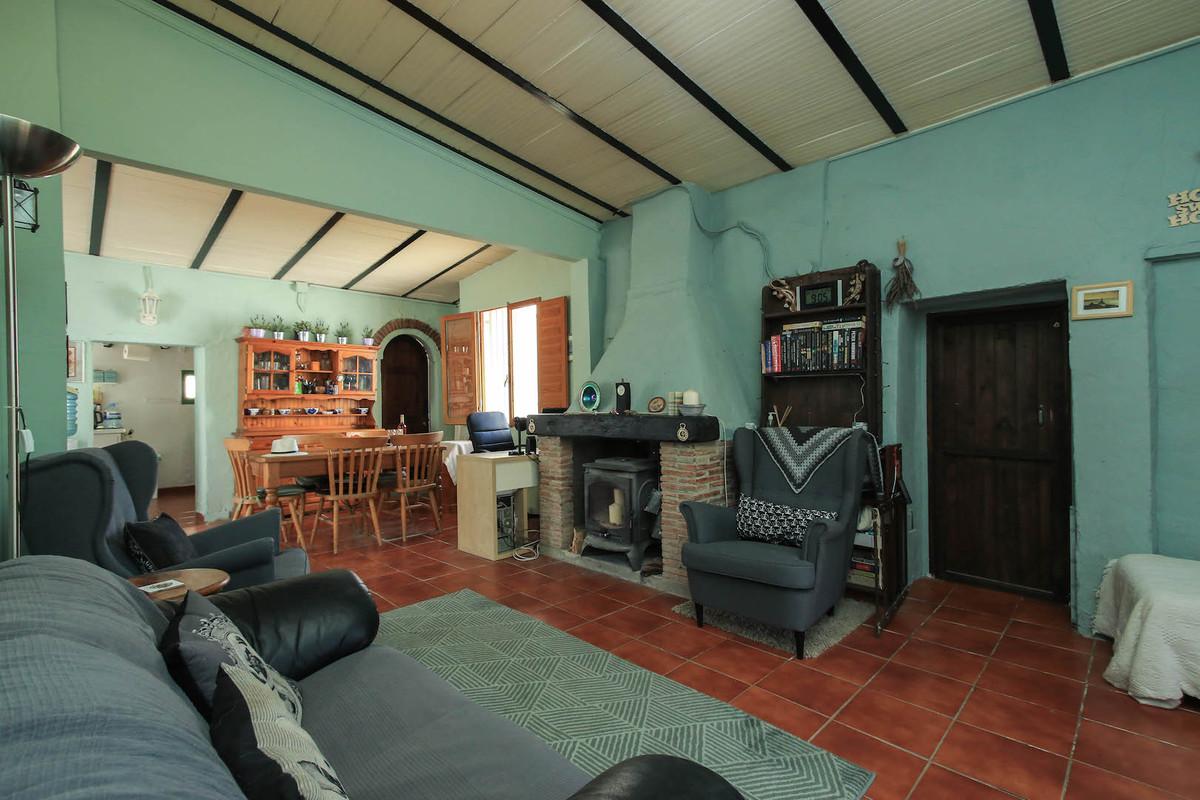 House en Alhaurín el Grande R3202933 4