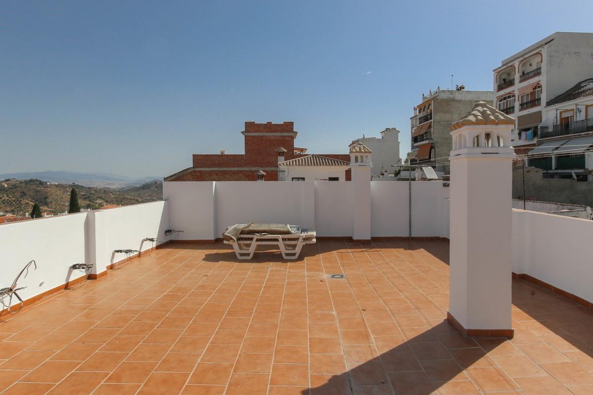 Ground Floor Apartment for sale in Monda