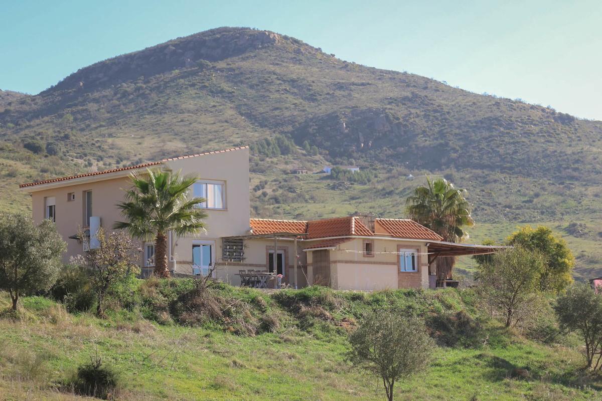 House in Alora R3366883 1