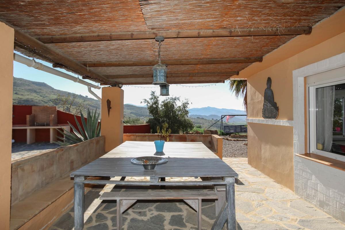 House in Alora R3366883 25