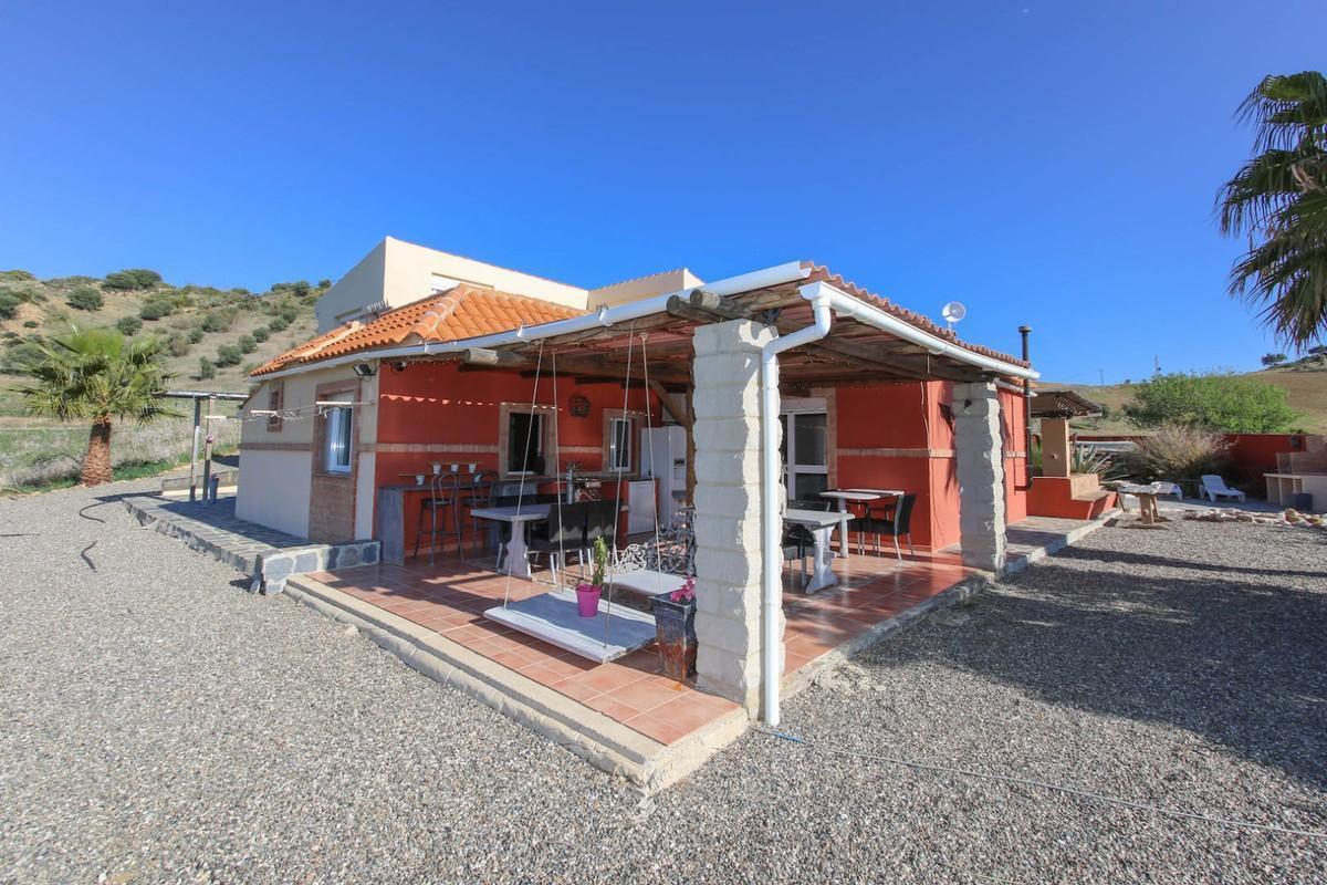 House in Alora R3366883 3