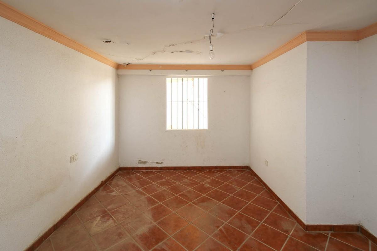 House in Alhaurín de la Torre R3134176 20