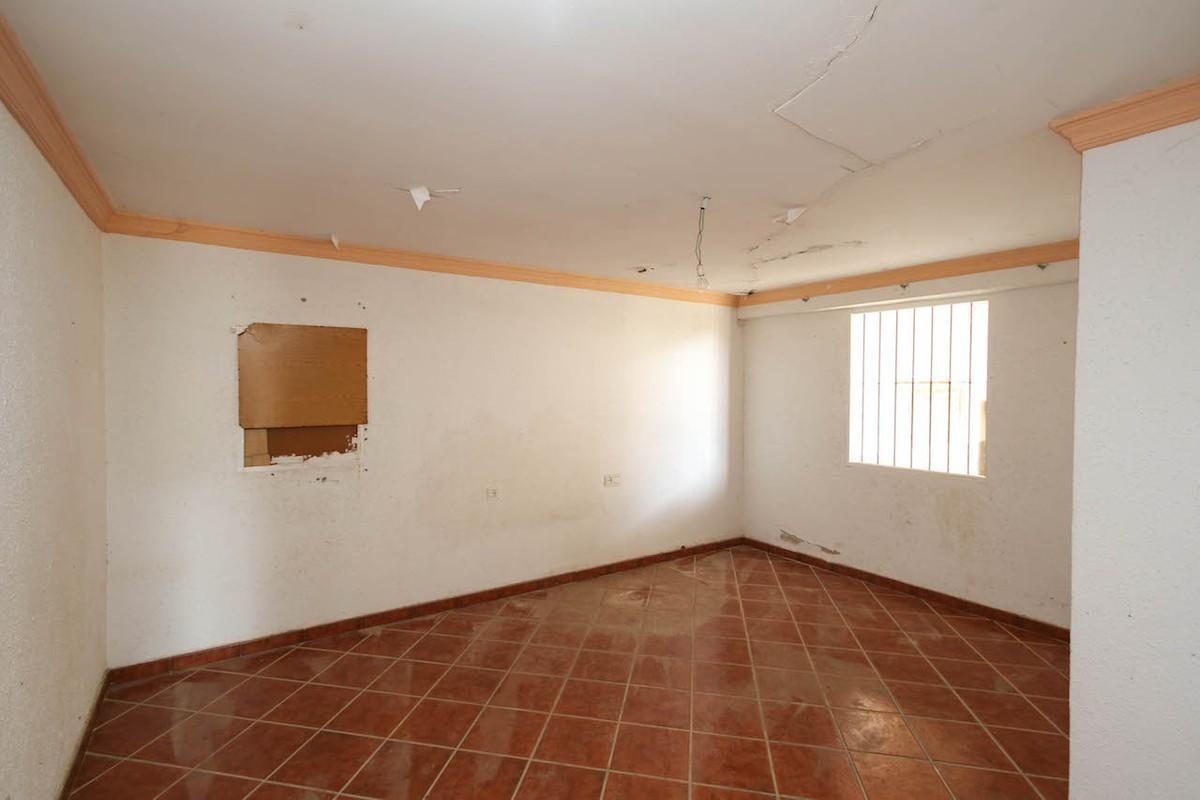 House in Alhaurín de la Torre R3134176 21