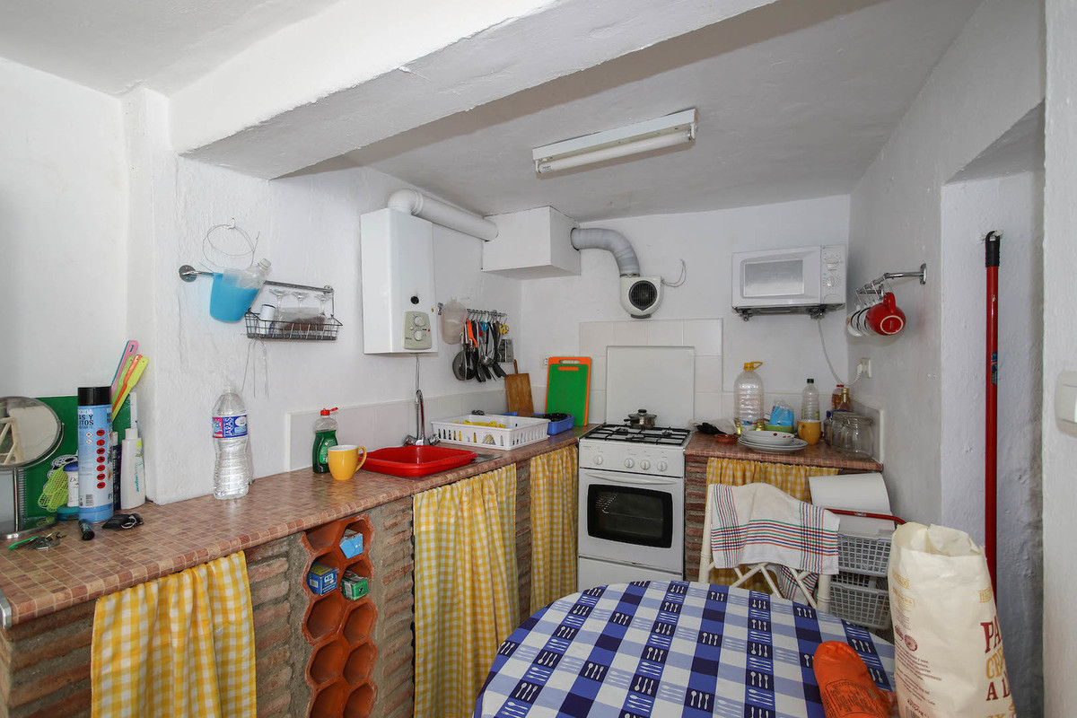 Unifamiliar con 1 Dormitorios en Venta Tolox