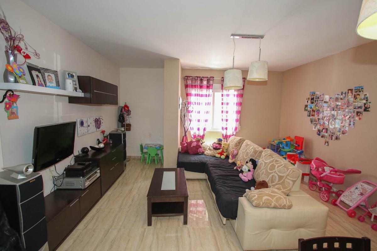 R2738894: Apartment for sale in Alhaurín el Grande