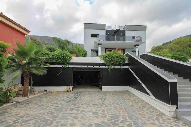 House in Alhaurín de la Torre R2487989 12