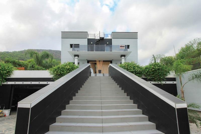 House in Alhaurín de la Torre R2487989 13